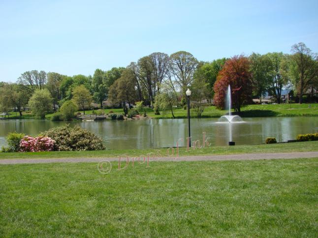 Lake Sacajawea Park..